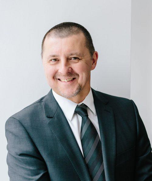 Claude Vigneault – Coach professionnel certifié, formateur en Leadership et conférencier.